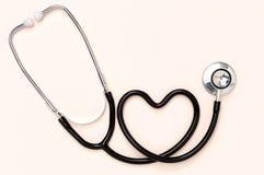 Stetoskop i serce. Obrazy Royalty Free