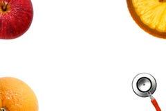 Stetoskop och ny frukt Royaltyfri Fotografi