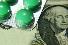 Stetoskopu dolar, wydatek na zdrowie lub pomoc finansowa, zdjęcia royalty free