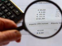 Steuer und Bill Lizenzfreie Stockbilder