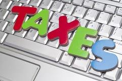 Steuer-Zeit Stockfotos