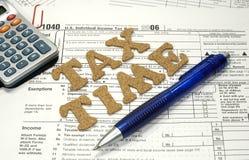 Steuer-Zeit Lizenzfreie Stockbilder