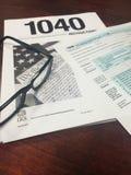 Steuer-Zeit IV Stockbild