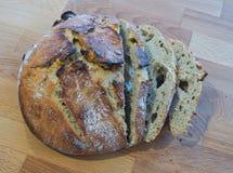 Steuern Sie gebildetes Brot automatisch an Stockbild