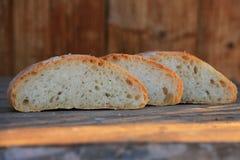 Steuern Sie gebildetes Brot automatisch an Lizenzfreies Stockfoto