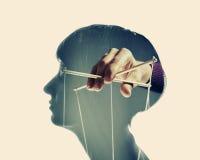 Steuerung über dem Gehirn stockfoto