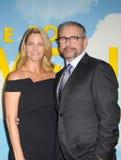 Steve Carell en Nancy Carell stock foto's