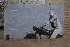 Steve McQueen väggmålning av Travis Haas McCann, djupa Ellum, Texas Arkivbild