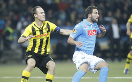 Steve von Bergen and Gonzalo Higuain Young Boys Berne v FC Naples Liga Europa Stock Photo