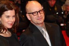 Steven Soderbergh und Frau Jules Asner lizenzfreie stockfotografie