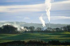 Stevens Croft Power Station Emissions fotografia de stock