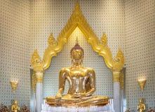 Stevige gouden Boedha Royalty-vrije Stock Foto's