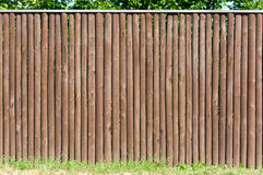 Stevige houten piketomheining Royalty-vrije Stock Foto's