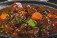 Stew βόειου κρέατος με τα καρότα στοκ εικόνες