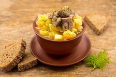 Stew βόειου κρέατος με τις πατάτες Στοκ Φωτογραφία