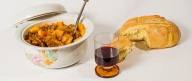 Stew, whine και ψωμί 2 Στοκ Φωτογραφίες