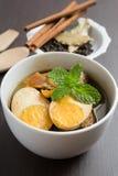 Stewed jajka z składnikiem i brown ryż w tle Fotografia Stock