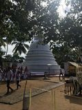 Sthupa sri-lankais dans un temple Photos stock