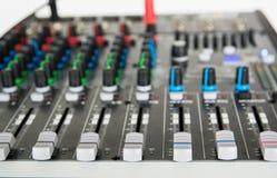 Stichhaltiger Audiomischer Stockbilder