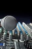 Stichhaltiger Audiomischer Stockfoto