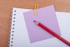Sticker notepad and pencil Royalty Free Stock Photography
