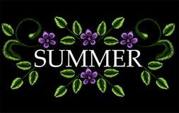 Stickerei, Blumenverzierung, Fantasie blüht, Modedekor, Stiftwerkzeugabgehobener betrag Lizenzfreies Stockbild