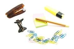 Stickers, pen, nietmachine en teller Stock Fotografie