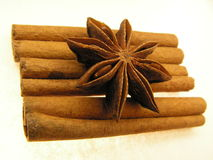 Sticks and stars spice. Fructus anisis stellati of Illicium verum ( scientific version ), star anise is the seed pods of the star anise tree. The cinnamon sticks Stock Photos