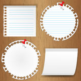 Sticky note. With pin on wooden backgrounds Royalty Free Stock Images