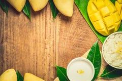 Sticky rice with mango Stock Photography