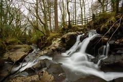 Stiefelwasserfall, Seitenansicht Stockfotografie