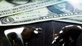 Stier en de Dollar dichte omhooggaande animatie van het baissemarktconcept stock footage