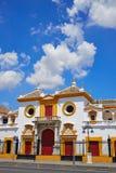 Stierkampfarena-Piazza toros Sevilla Sevillas Maestranza stockbild