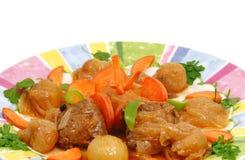 stifado рецепта тарелки греческое Стоковое Изображение