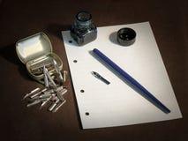 Stift mit Federn Lizenzfreies Stockfoto