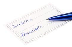 Stift und Ausweis mit der Aufschriftanmeldung und -passwort Lizenzfreie Stockbilder