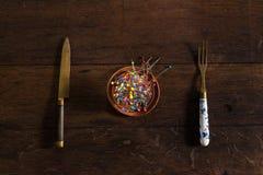 Stifte, Gabel und Messer Stockfotos