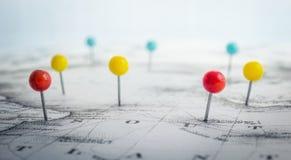 Stiftmarkeringsläge på översikt Affärsföretaget upptäckt och reser Fotografering för Bildbyråer