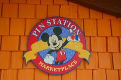 Stiftstationen är i stadens centrum Disney Arkivbilder