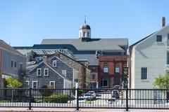 Stigande sikt från New Bedford strand Arkivbild