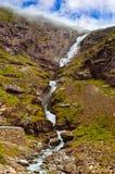 Stigfossen vattenfall och trolls bana - Norge Royaltyfri Foto