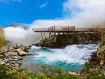 Stigfossen vattenfall och Viewpoint - Norge Arkivbilder