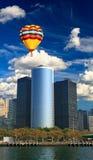 stigning för högt kontor för byggnader arkivfoton