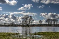 Stigning för vattennivåer arkivfoto