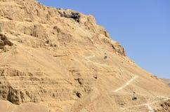Stigning på det Masada fästet, Israel. arkivbilder