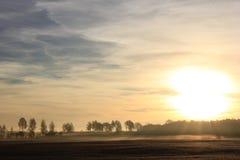 Stigning Sun royaltyfri foto