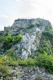 Stigning till den väggAsenova fästningen i Bulgarien royaltyfri foto