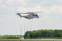 Stijg de van de helikoptersikorsky van de zwaar-liftlading Koning Stallion CH-53K op royalty-vrije stock foto's