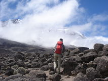 Stijgen aan Kilimanjaro Stock Afbeelding