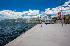 Stijl en luxe in Montenegro, de lente waterscape stock afbeeldingen